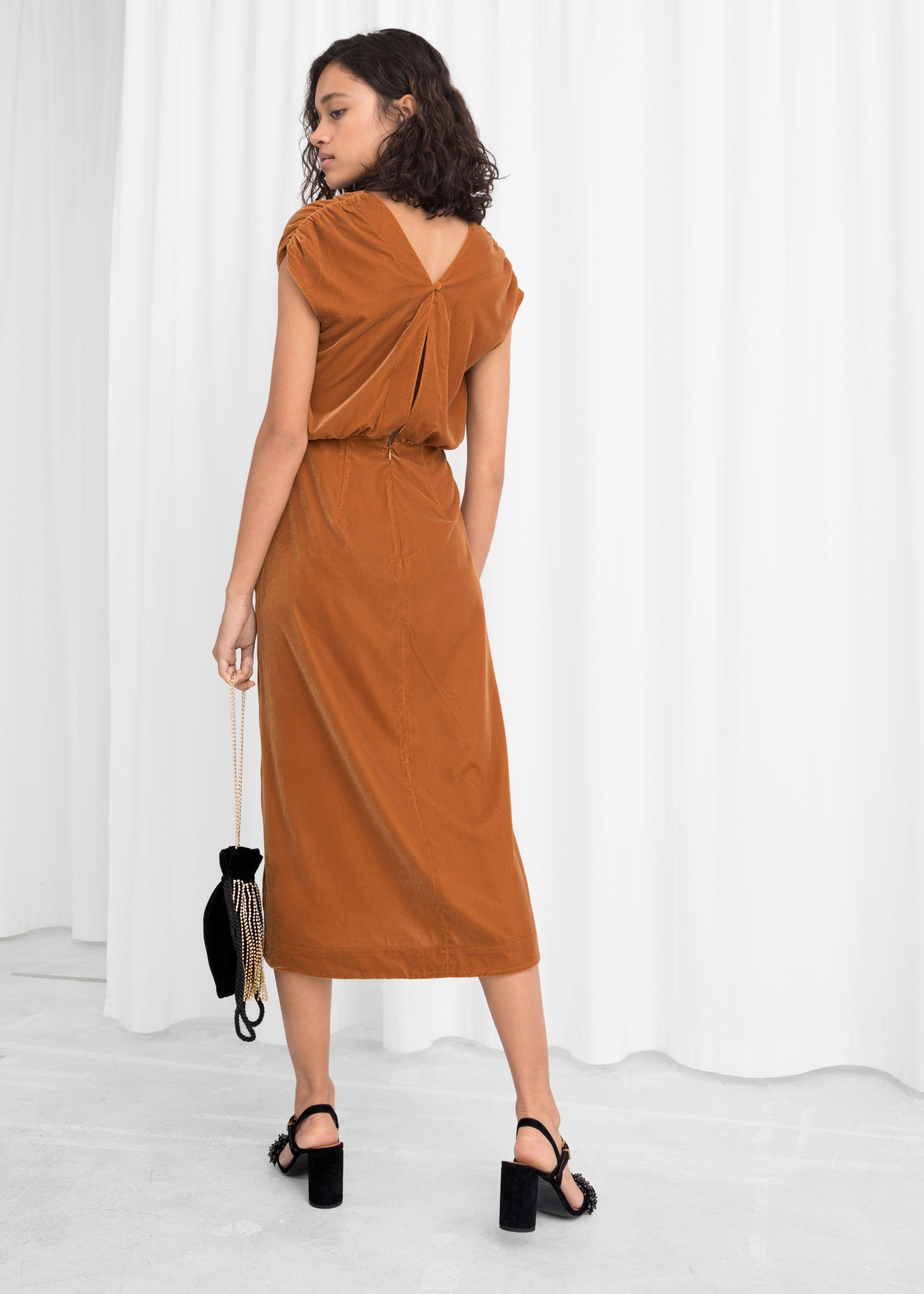 Sleeveless Velvet Midi Dress Endource