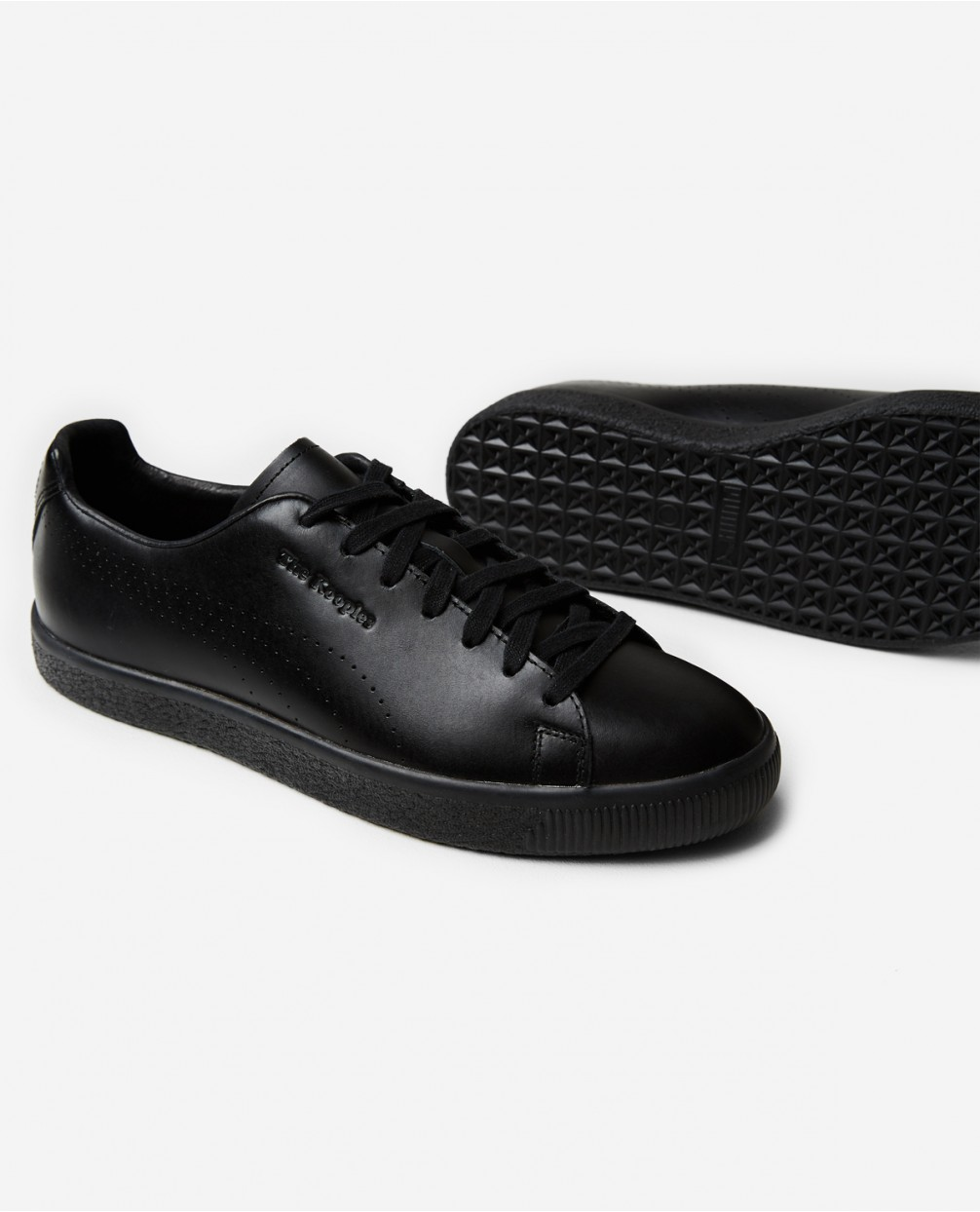 best service bb920 67e96 Puma x TClyde Sneakers